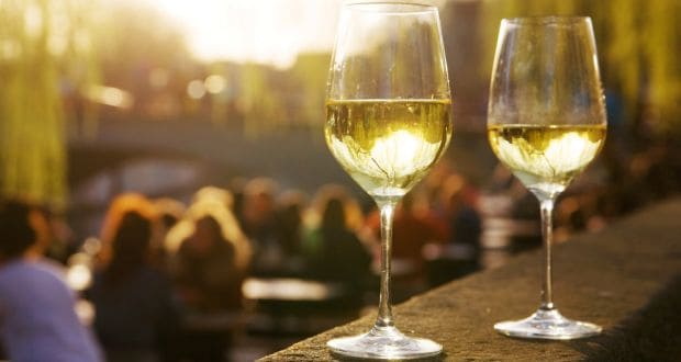Chenin Blanc vs Other White Wines