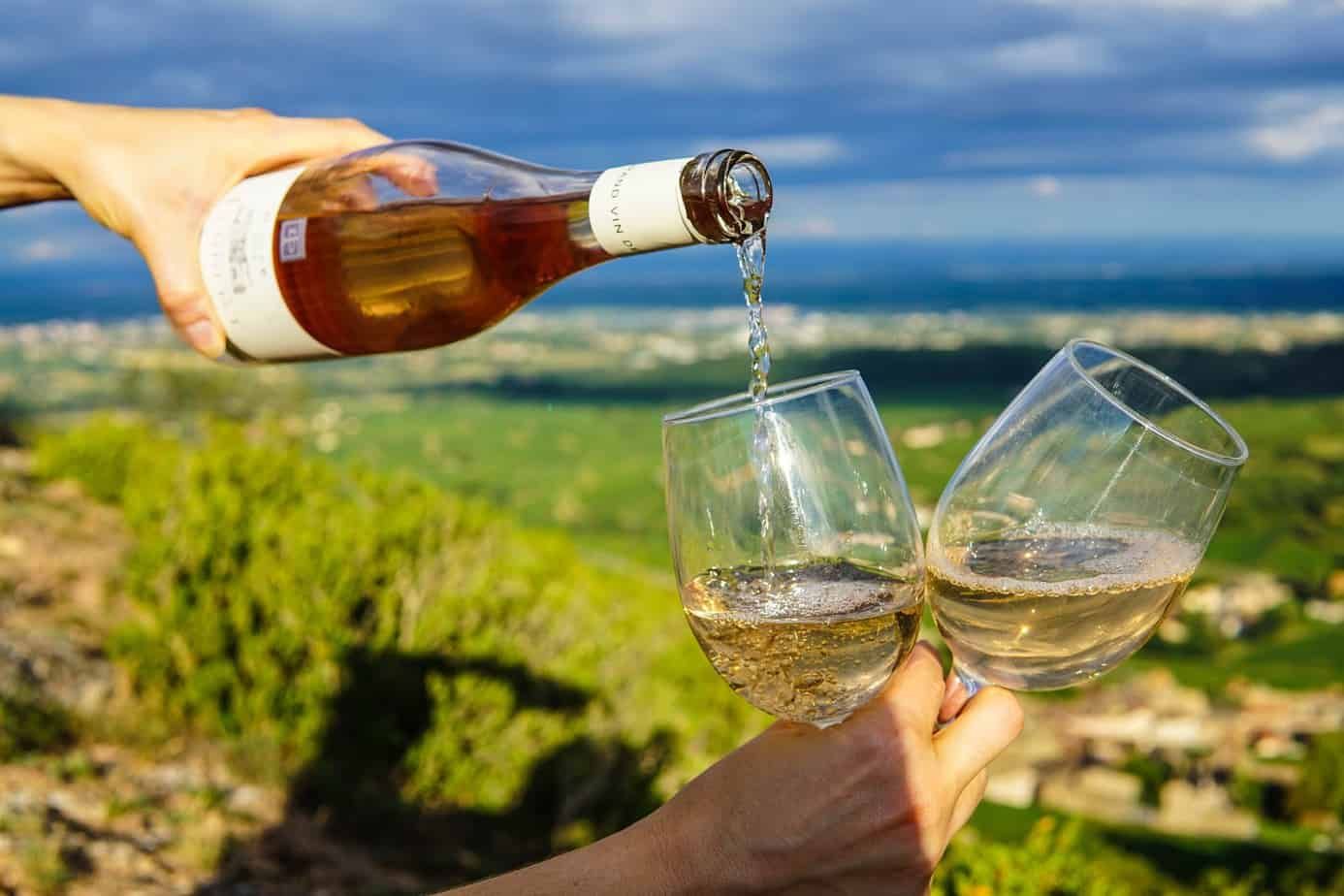 how to buy sparkling wine