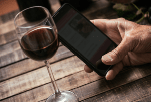 Vivino vs Delectable: Which Wine App is For You?